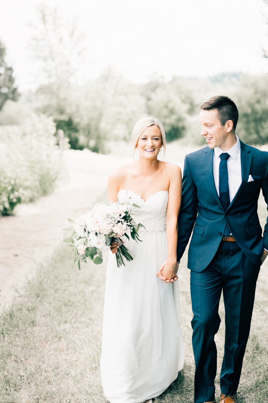 Picha Farms   Farmhouse Wedding   Sumner Wedding Photographer   Something Minted Photography