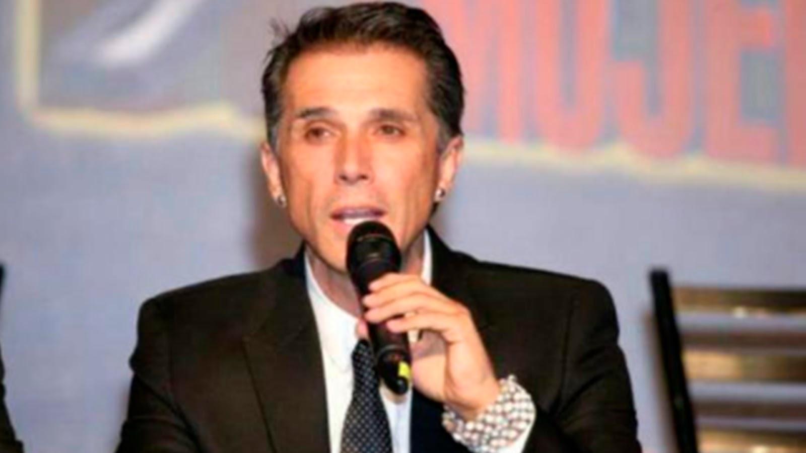 Sergio Mayer dice que el sueldo de diputado no me alcanza para vivir.