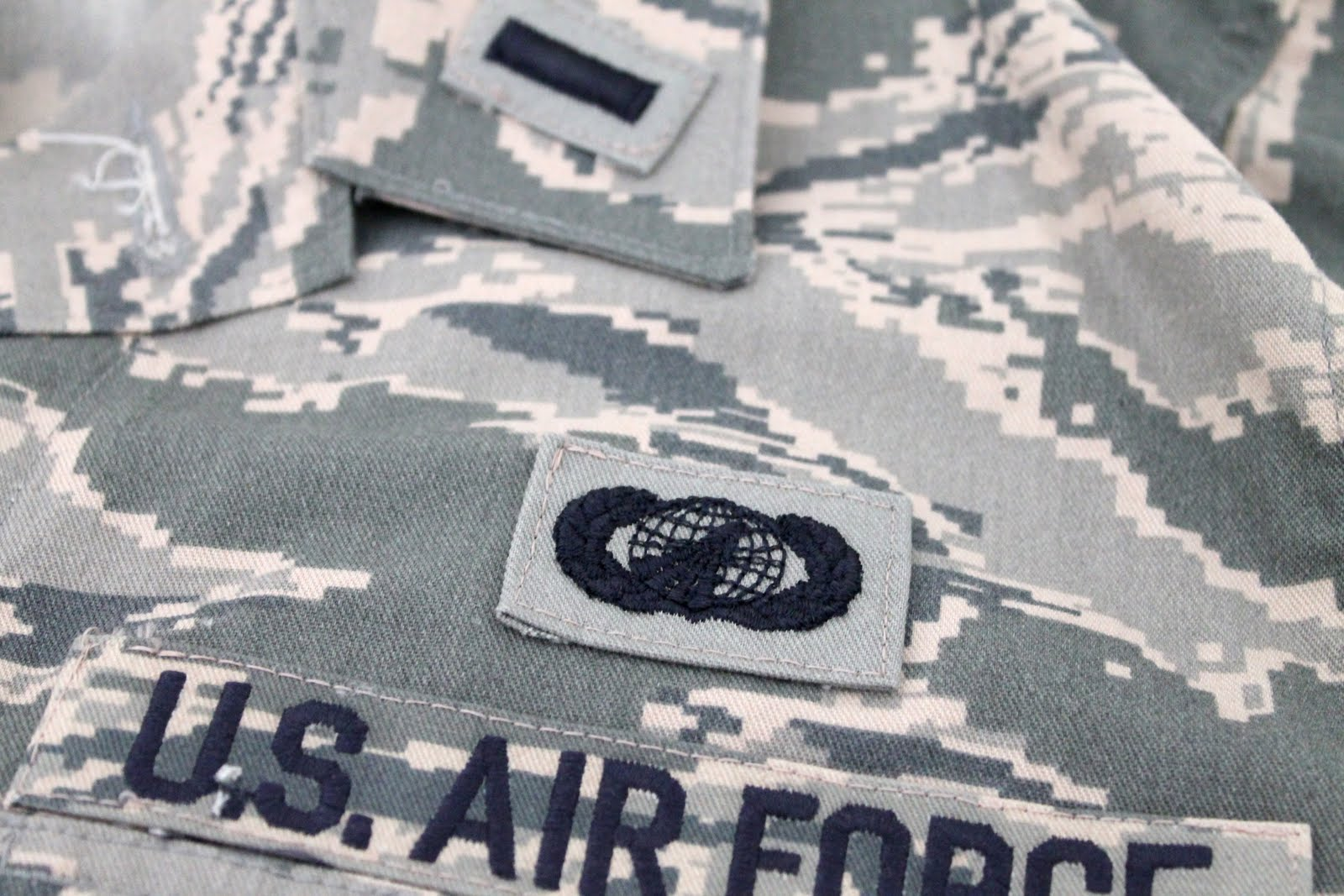 Make It Cozee Tutorial Sewing On Abu Patches Part 2 - Air-force-occupational-badges