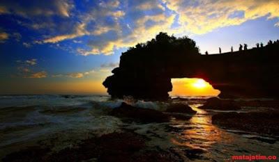 pura batu bolong di lombok