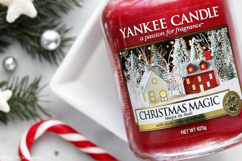 świąteczna świeczka zapachowa christmas magic yankee candle