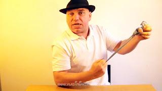 Manualidades y trucos con nudos en el pañuelo 10