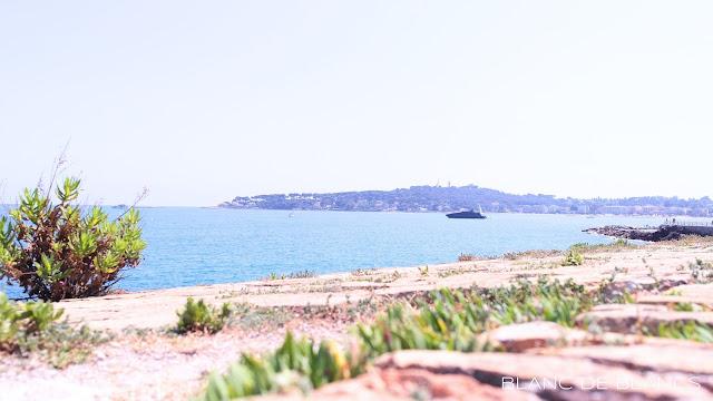 Näkymä Cap d'Antibes'iin - www.blancdeblancs.fi