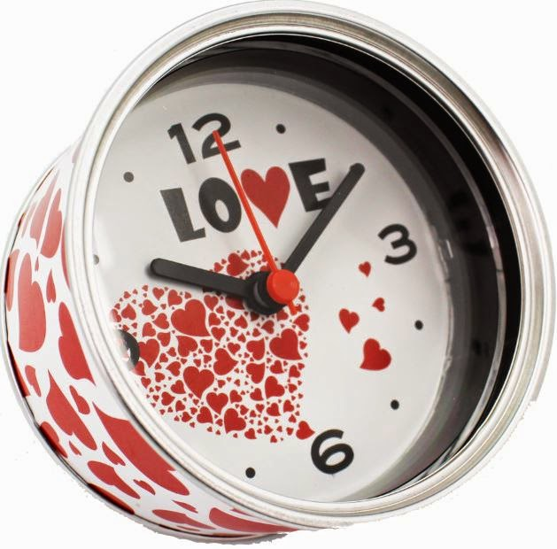 http://latiendadekloe.es/detalles-originales/265-reloj-love.html