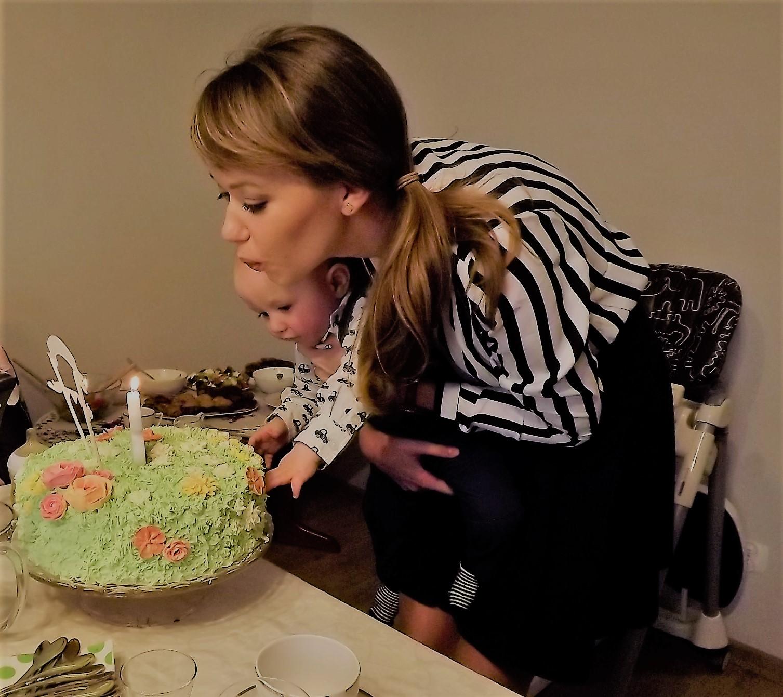 przepisy na imprezę urodzinową, menu na przyjęcie, menu z przepisami na przyjęcie, organizacja rocznych urodzin