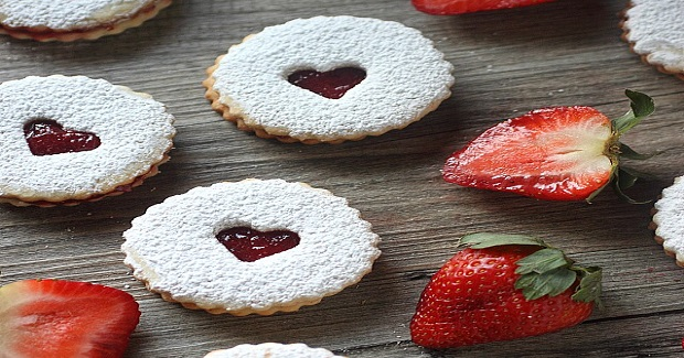 strawberry-sandwich-cookies-13.jpg