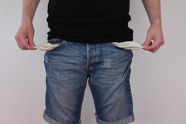 Μισθολόγιο: Για ποιο λόγο χάνουν ως 225 ευρώ τον μήνα οι ένστολοι - ΠΙΝΑΚΕΣ