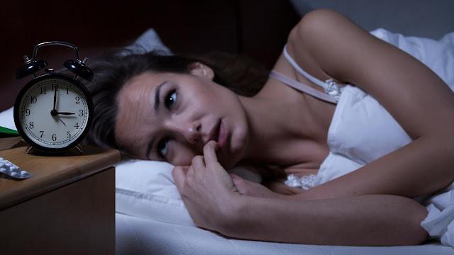Tips Mengatasi Susah Tidur Karena Panas