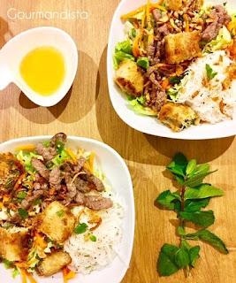 image Salade Bo bun : bœuf mariné et nems