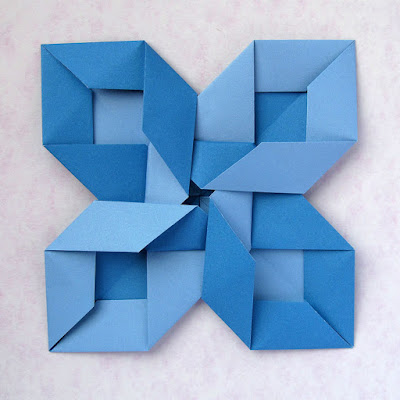 Vista 1, origami modulare: Intreccio - Interweaving by Francesco Guarnieri