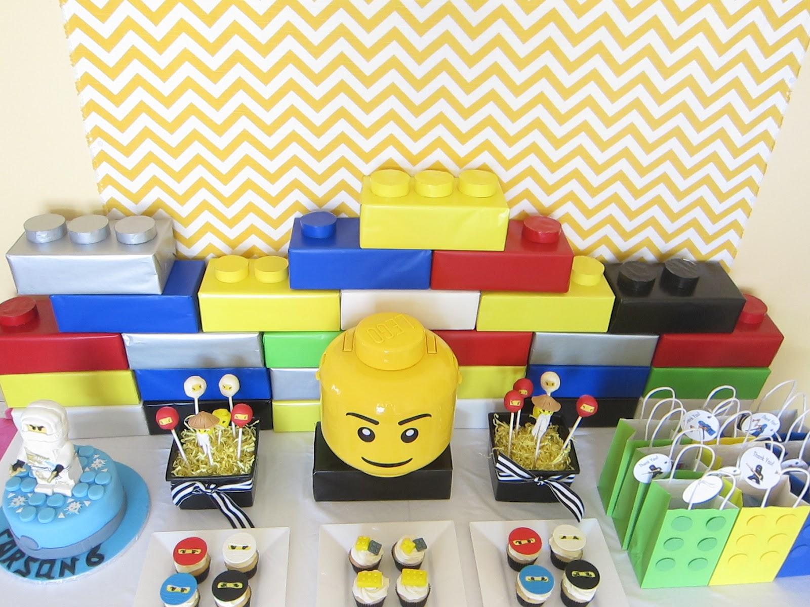 Lego City Cake Kit