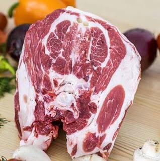 Daging kambing segar