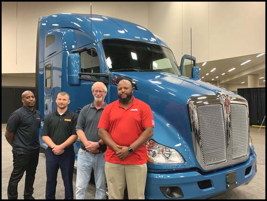 Top 4 finalists with the Kenworth T680