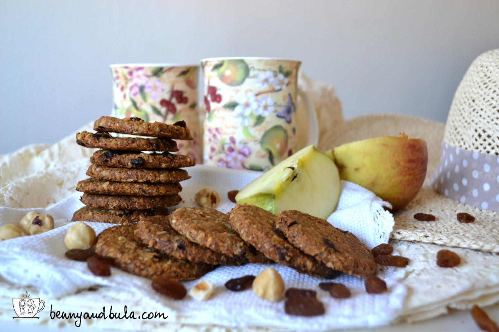 biscotti grancereale frutta con avena uvetta e nocciole / oat cookies dried fruit nuts
