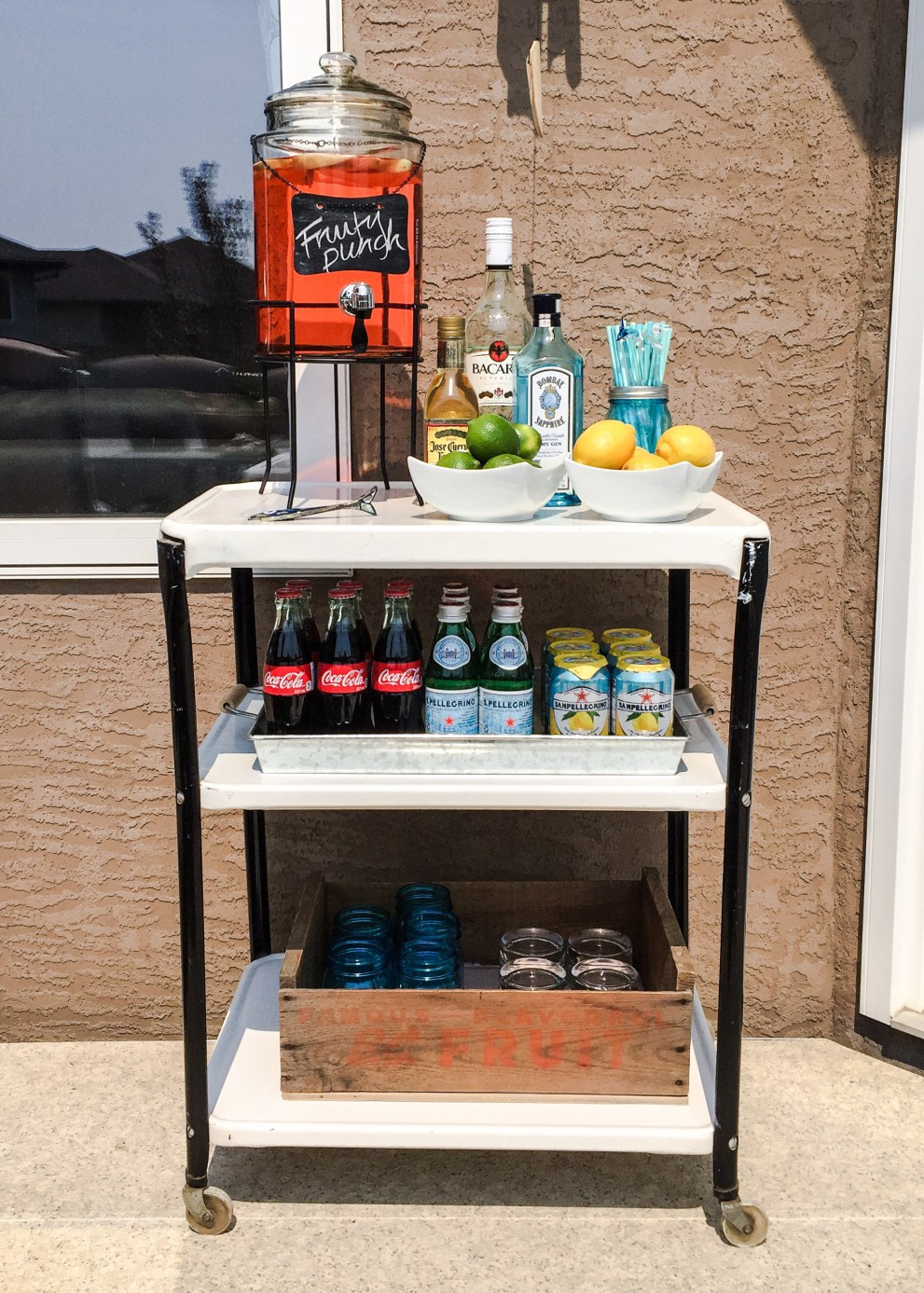 The many different ways to style a bar cart, bar cart, entertaining with bar carts, non alcoholic bar cart styling, bar cart inspirations, how to style a bar cart