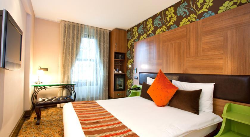 فندق كوناك تقسيم| Konak Hotel