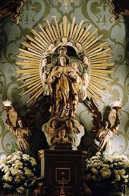 Nossa Senhora do Carmo, Portugal O começo da regeneração de todas as coisas está na piedade