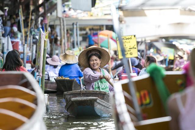 Mercato galleggiante di Damnoensaduak