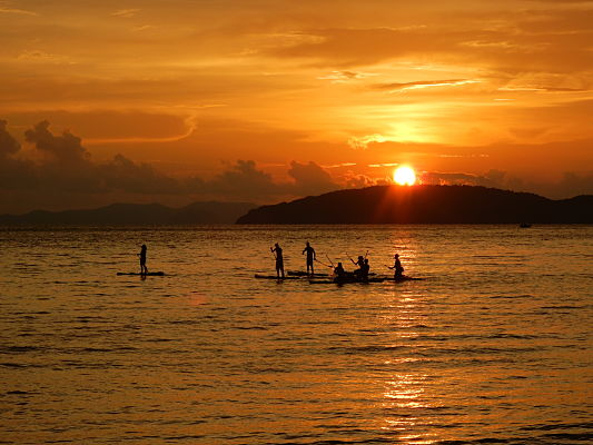 sunset sup railay beach