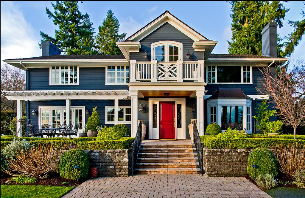 Delorme Designs: FAVOURITE REDS-RED DOOR