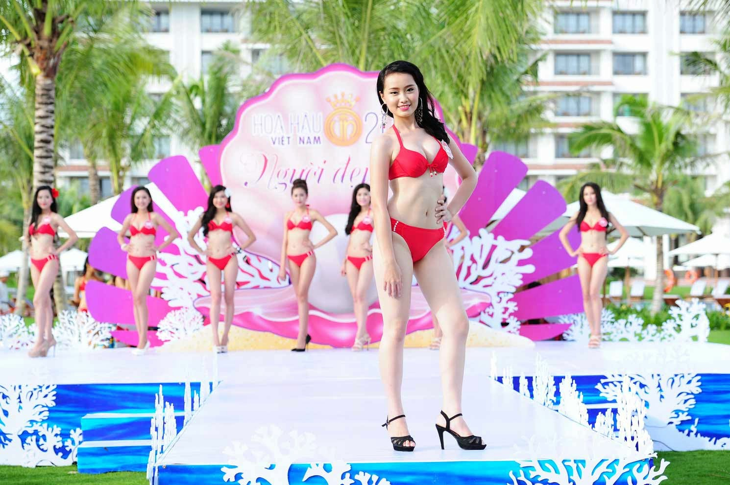 Ngắm hoa hậu bikini 2014