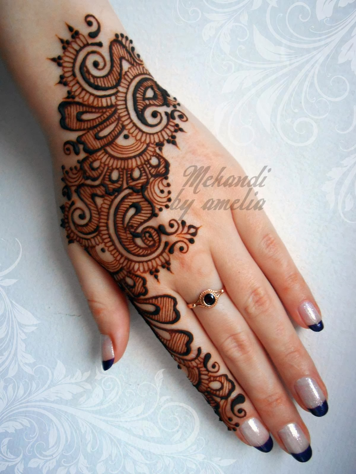Mehndi Henna: Best Mehndi Designs For Different Occasions: Holi/Dhulandi