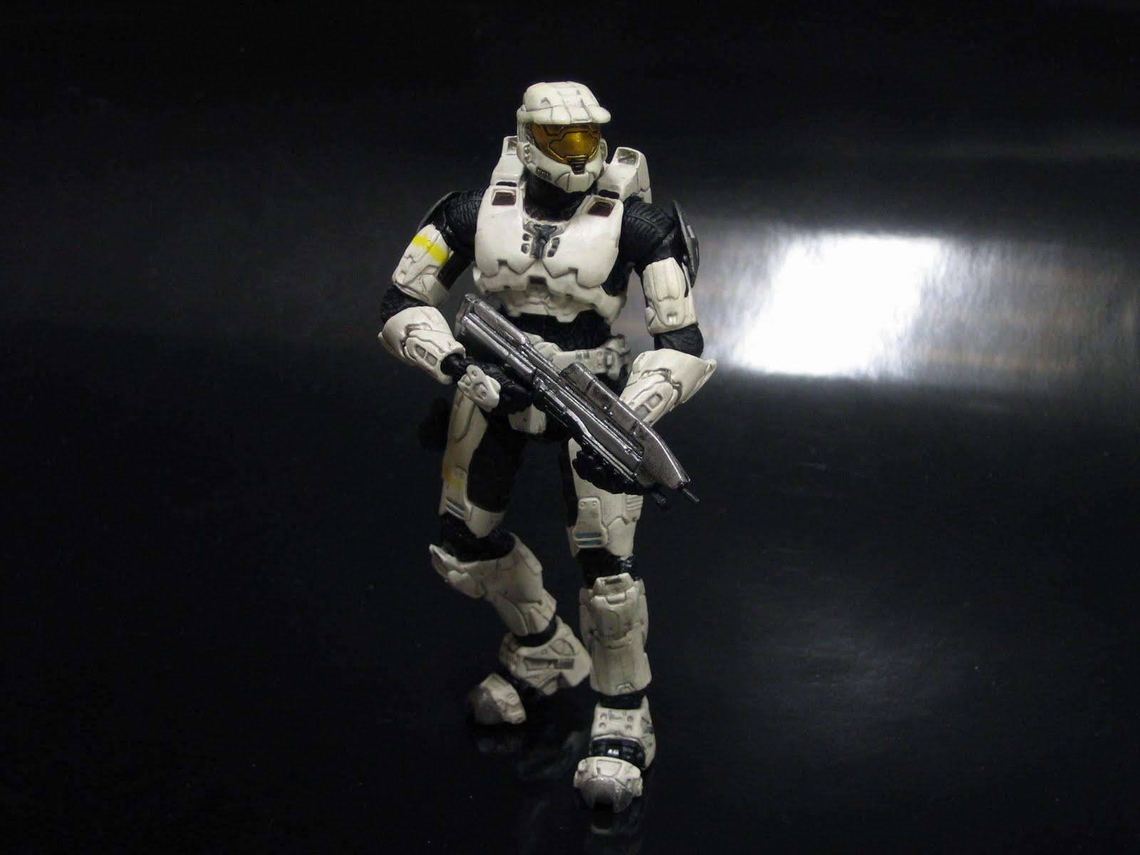 Crazy Wookie Cookies: McFarlane Halo: Series 1 White Spartan