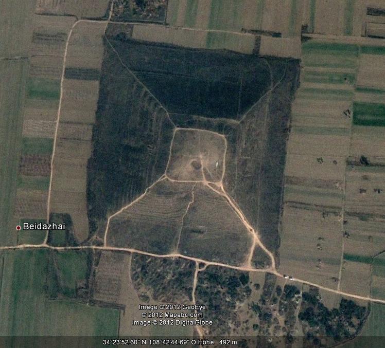 Pyramiden Auf Dem Mond
