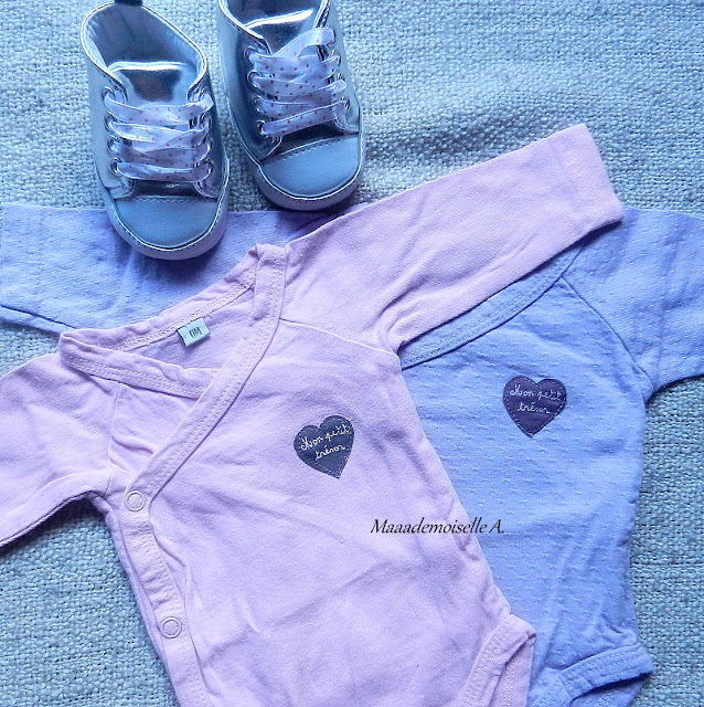 Body fille taille naissance et petites chaussures