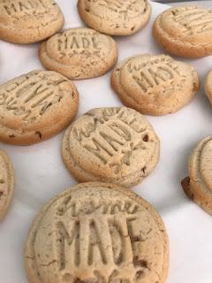 http://fraupratolina.blogspot.de/2017/02/rezept-fur-cookies-glutenfrei.html