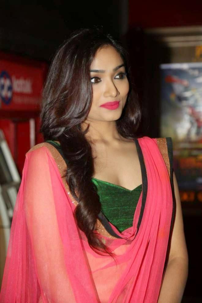 Aishwarya Devan Latest Stills ~ Hot Bollywood Actress