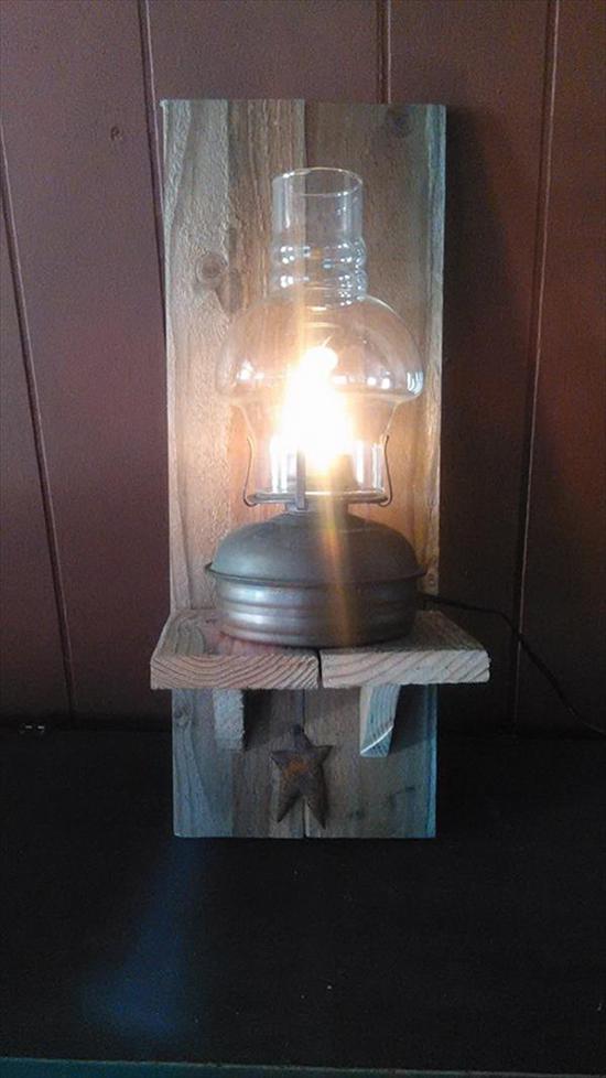 model Desain lampu duduk dari pallet bekas