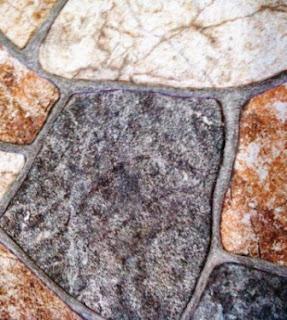 Keramik motif batu pipih besar
