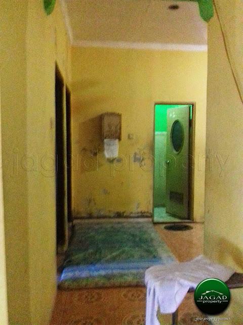 Rumah Tepi jalan dekat Kampus ISI