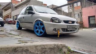 corsa roda azul aro 17