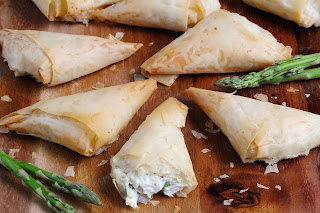Lemony Chicken Asparagus Phyllo Puffs