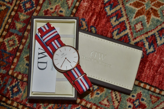 http://www.syriouslyinfashion.com/2013/11/daniel-wellington-classic-exeter.html