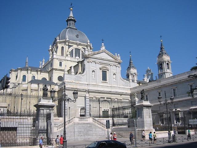 Catedral de Almudena em Madri