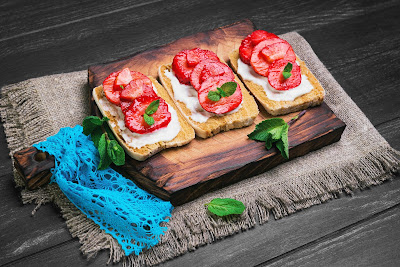 Sweet Bruschetta