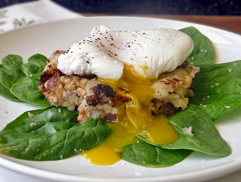 Breakfast Potato Patties | by Life Tastes Good topped with a poached egg #Breakfast #Potatoes #FWCon