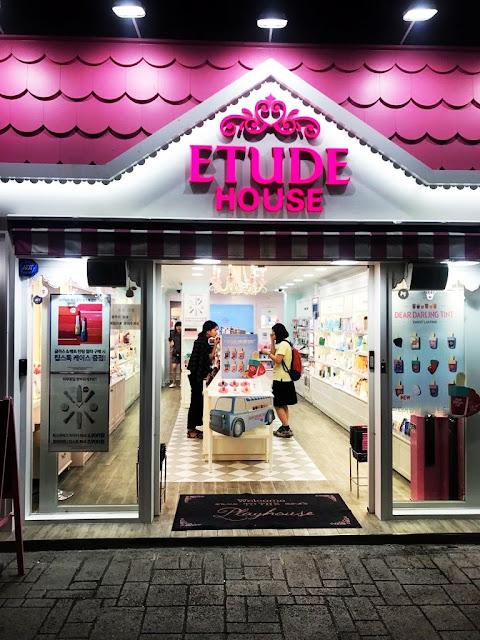 VISIT KOREA! Czyli przejdźmy się ulicami Seulu w poszukiwaniu kosmetycznego raju Myeong-dong