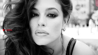 Ashley-Graham-in-Love-Advent-2017-7+%7E+SexyCelebs.in+Exclusive.jpg