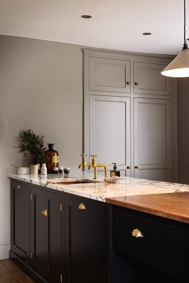 Kitchens With Shaker Cabinets Backsplash