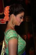 adaa khan latest sizzling pics-thumbnail-27