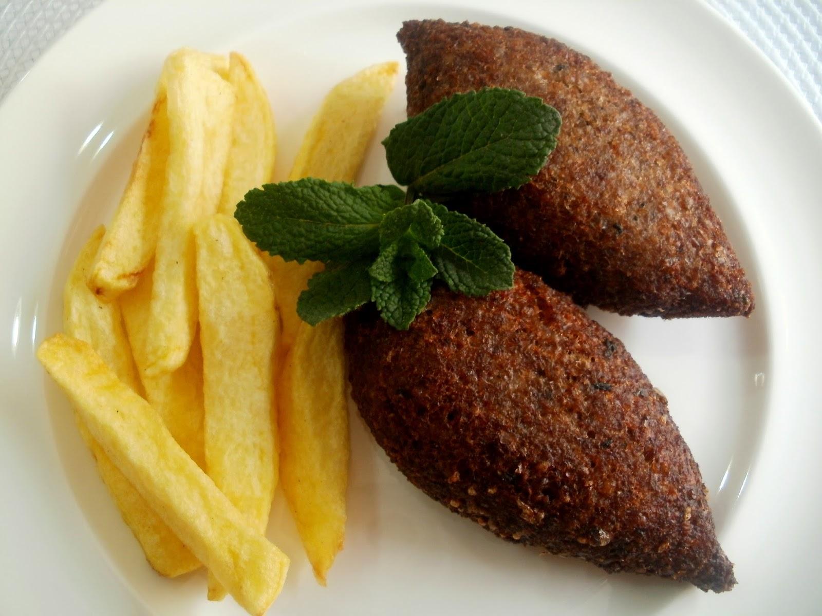 Quibbe (kibbe) frito