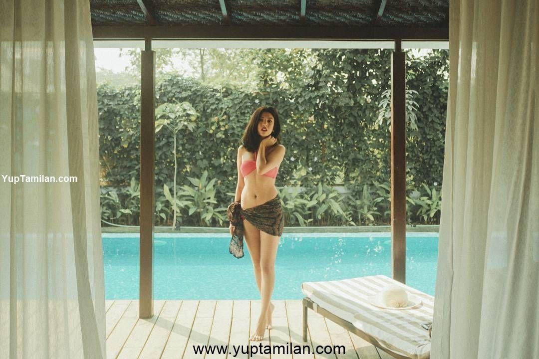 Barkha Singh Hot & Sexy Bikini Photos, Swimwear Images