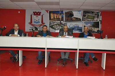 Vereadores convocam prefeito Joaquim Neto e secretário de Infraestrutura para prestar esclarecimentos sobre o empréstimo da CAF