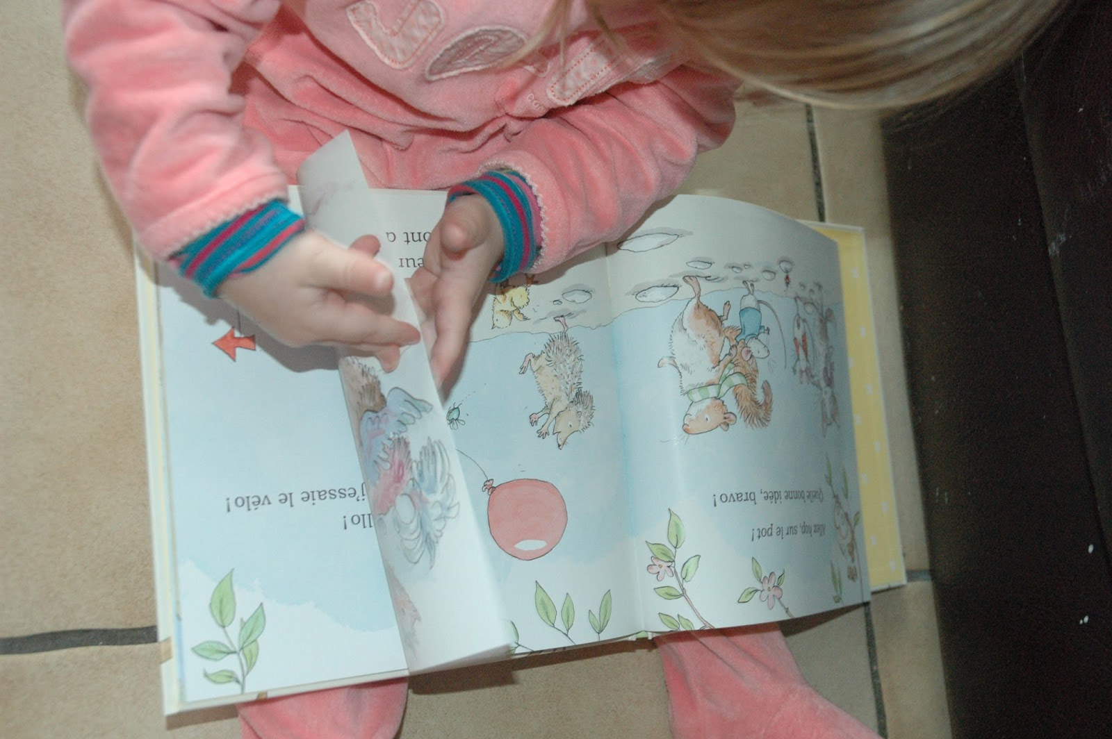 Ana s et sa petite vie coin lecture allez hop sur - Ma fille de 5 ans fait encore pipi au lit ...
