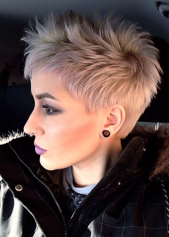 Corte de pelo corto rockero