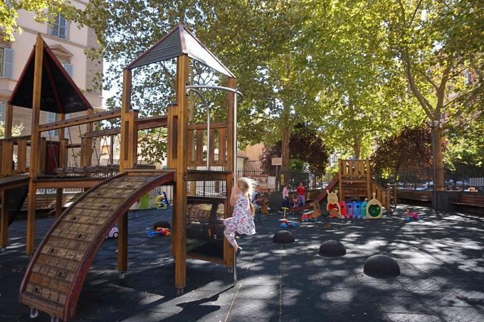 Kokemuksia Roomasta lasten kanssa - Trasteveren paras lasten leikkipuisto